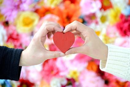 Le lien entre générosité et bonheur